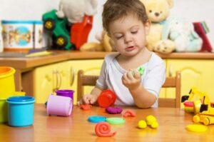 ce poti sa creezi din plastilina cu cei mici