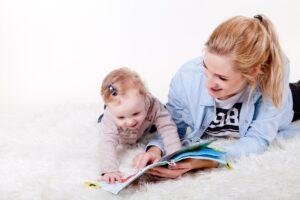 De ce este importantă lectura în dezvoltarea copiilor